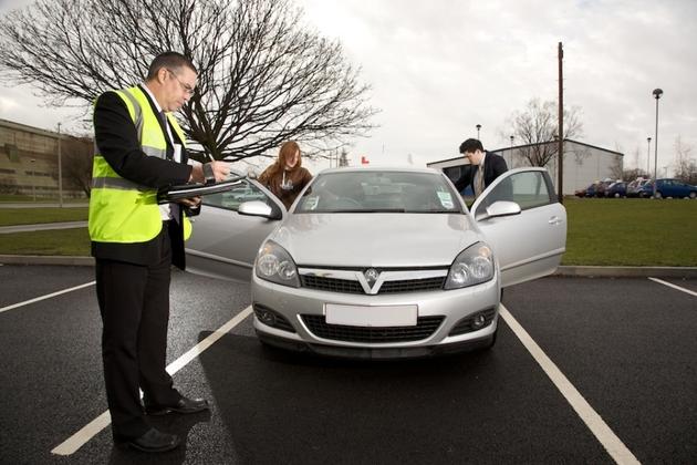 Ar vairavimo kursai tikrai parengia gerus vairuotojus?