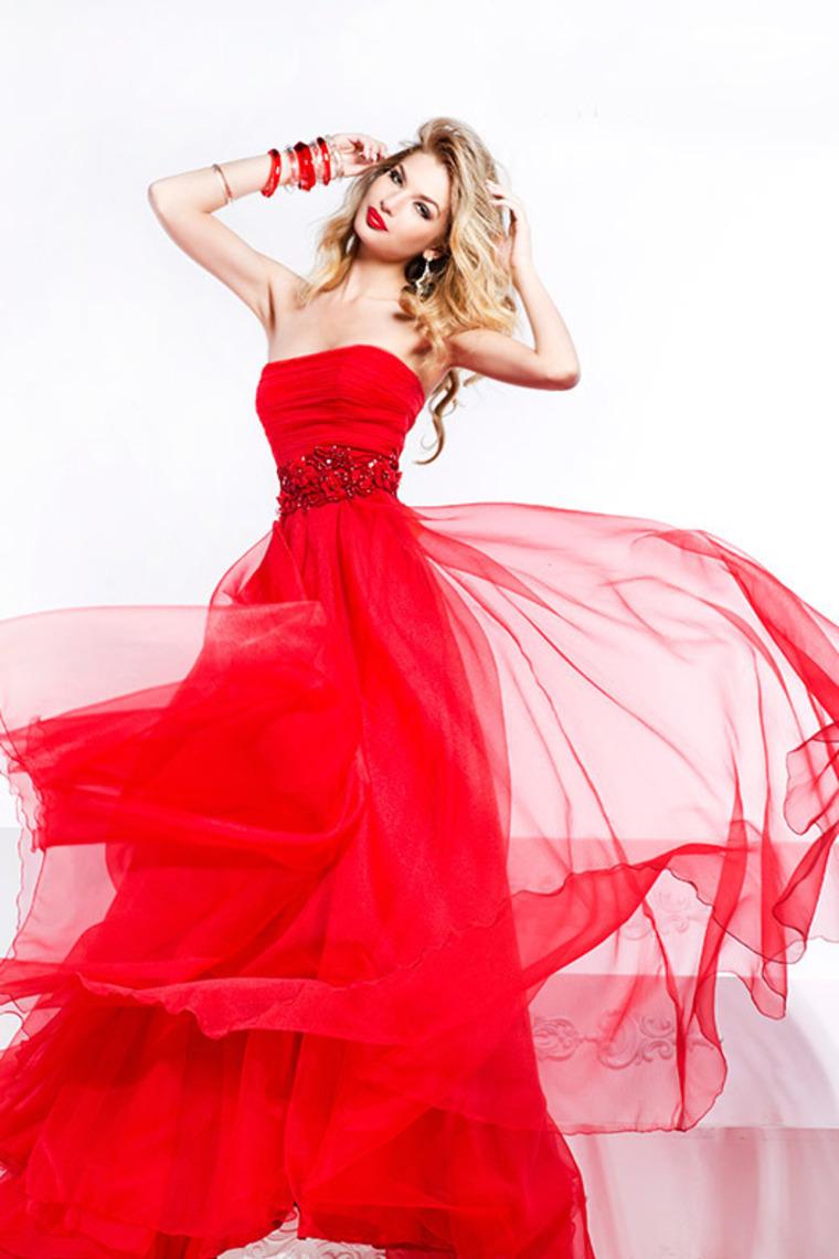 Ar proginių suknelių nuoma – geras pasirinkimas?